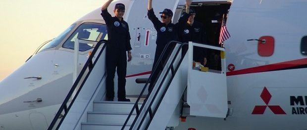 Пассажирский самолет Mitsubishi завершил первый тестовый полет вСША