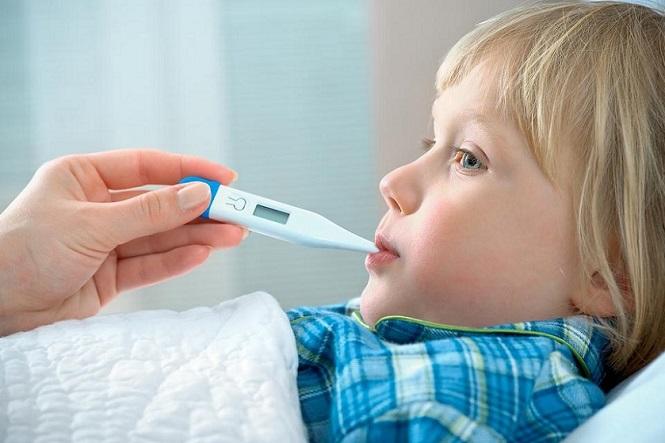 Как сбить высокую температуру у ребенка до года в домашних условиях быстро