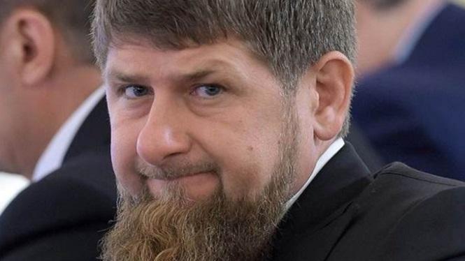 Фейсбук разъяснил блокировку аккаунтов Рамзана Кадырова санкциями США