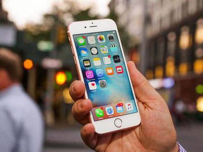 «Яблочная» компания планирует удешевить замену батареи iPhone в качестве извинения